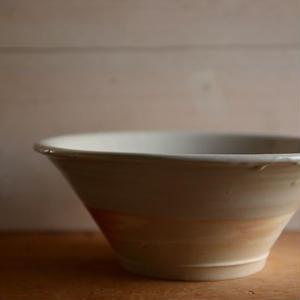 壷田和宏さん  白磁鉢 B1