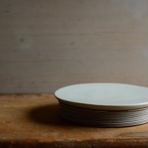 前田  育子さん 【層】台皿