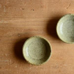 恵山(小林耶摩人さん)  灰釉 豆皿