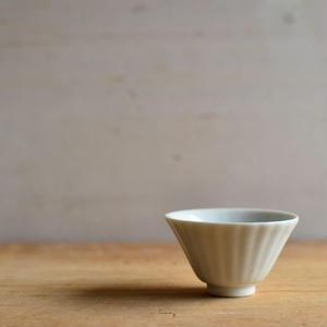 村上雄一さん 白磁輪花茶杯