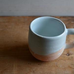 壷田和宏さん  白磁 マグカップ(I~J)
