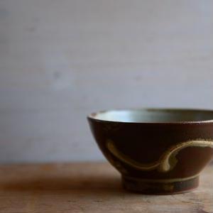 笠原良子さん 地釉 筒描飯碗(小)