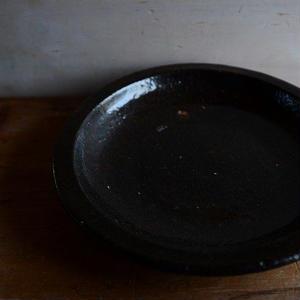 壷田和宏さん  皿