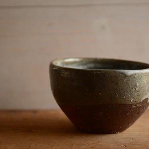 壷田和宏さん   鉢