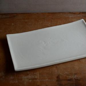 白石陽一さん 白磁 角皿(無垢)