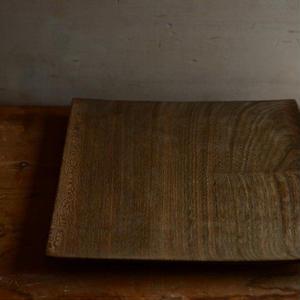 宮下敬史さん  神代楡(にれ)の角皿