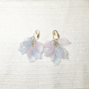 used leaf earring