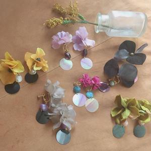 gaga お花のイヤリング