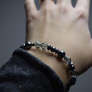 """スワロフスキー シングル ブレス〈ダーククリア〉""""swarovski single bracelet(DARK CLEAR)"""""""