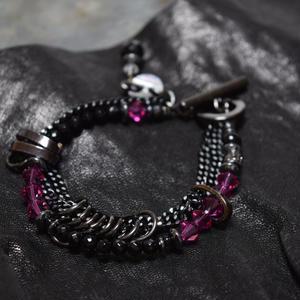 """スワロフスキー レイヤーブレス〈ダークピンク〉""""SWAROVSKI layer bracelet(DARK PINK)"""""""