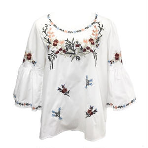 Candy Sleeve Flower Embroidery Blouse (White)