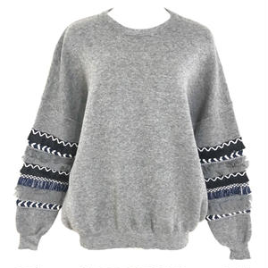 Design Sleeve Knit Pullover