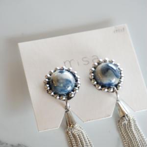 misa // イヤリング tassel navy blue