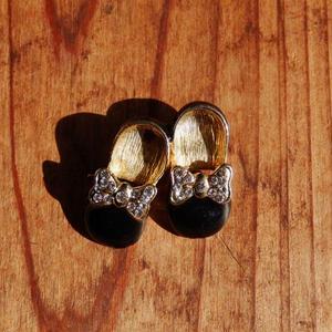 antiques   靴のブローチ