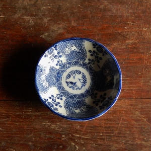 古道具 印判 ウサギが描かれた輪花膾皿
