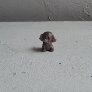antiques  小さな象の置物