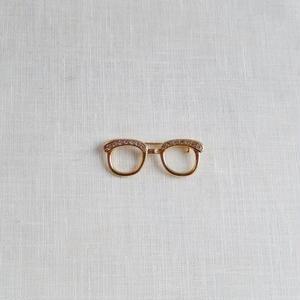 antiques 眼鏡のブロ-チ