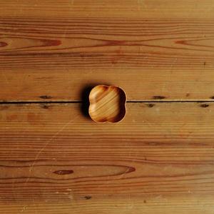 四十沢木材工芸  桜豆皿  よつば