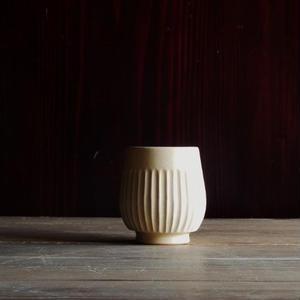 yöc.  鎬のフリーカップ(黄)