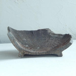 古道具 鎌倉時代につくられた陶器の破片 2