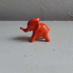 antiques  オレンジの象の置物
