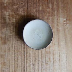 広川絵麻  豆皿(白)④