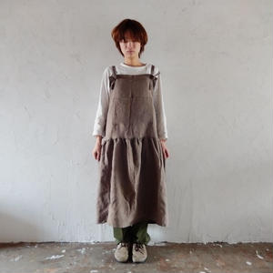 COCOLO ワンピ-スエプロン(Cotton Linen : Brown)