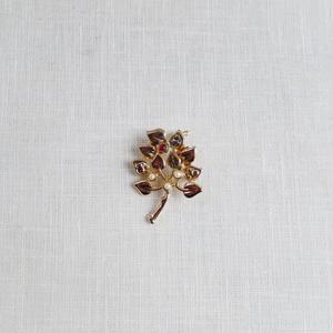 antiques 花のブロ-チ