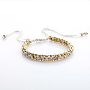 amorium Jewelry thick bracelet white