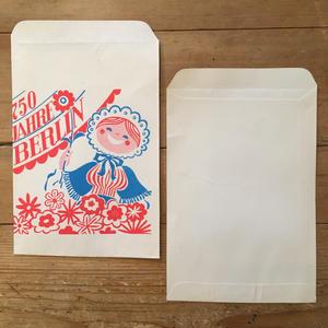 DDR(東ドイツ)の紙袋(1枚) ベルリン750