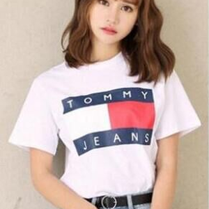 トミー tommy  送料無料 レディース愛用 可愛いTシャツ