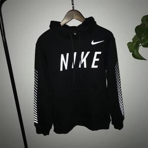 Nikeパーカーブラック カッコイイ 男女兼用 大人気 ナイキ 高品質 厚手絨 冬美品 秋新作 可愛い