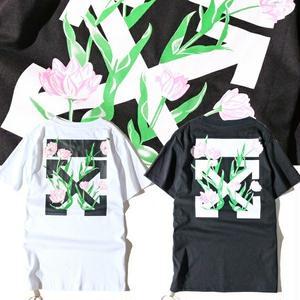 新入荷! 大人気オフホワイトTシャツ 美品 夏物  シンプル ウィメンズファッション メンズファッション ストライプ 男女兼用