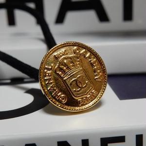ヴィンテージ CHANEL シャネル コインデザイン ゴールドボタン 16mm ヘアゴムのおまけ付(c-139)
