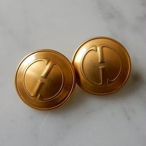 ヴィンテージ GUCCI グッチ GGマーク ゴールドボタン  20mm ボタン ゴールド イヤリングパーツのおまけ付(g-2)