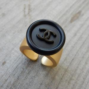 ヴィンテージ CHANEL シャネル ボタン ココマーク 17mm ネイビー×ブラックボタン 指輪 #12号 オリジナルリングのおまけ付(c-28)