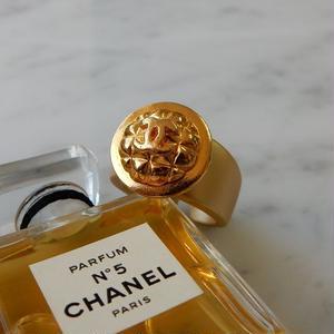 ヴィンテージ CHANEL シャネル ボタン ココマーク 16mm キルティング柄 ゴールドボタン 指輪 #12号 オリジナルリングのおまけ付(c-106)