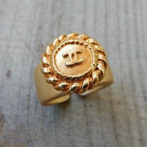 ヴィンテージ CHANEL シャネル ボタン ココマーク 17mm チェーンフレーム ゴールドボタン 指輪 #12号 オリジナルリングのおまけ付(c-149)