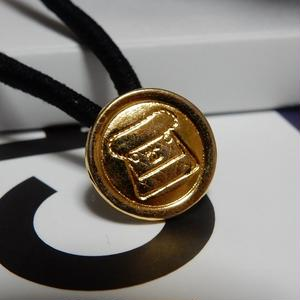 ヴィンテージ CHANEL シャネル ボタン ココマーク 14mm マトラッセBAG柄 ゴールド ヘアゴムのおまけ付(c-128)