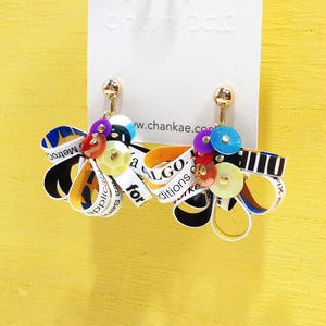 Metrocard earrings メトロカードイヤリング/フラワータイプ・ゴールド01