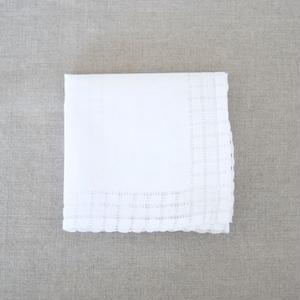 スワトウ刺繍ハンカチ g