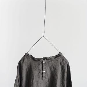 18-0037  硫化染め Linen Frill Pullover / CHARCOAL