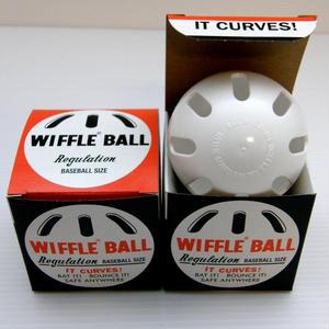 wiffleベースボール