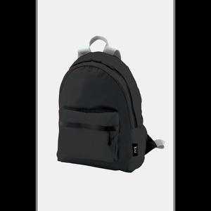 KiU ブラック(Backpack ZIP)