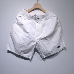 OP USED 2 TUCK SHORTS