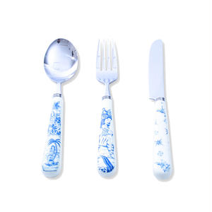 SON OF THE CHEESE / SERGIO MORA CUTLERY SET / WHITE