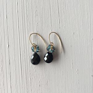 【14kgf】【11月誕生石】ブラックスピネルの花束ピアス【November birthstone】Black Spinel posy earrings
