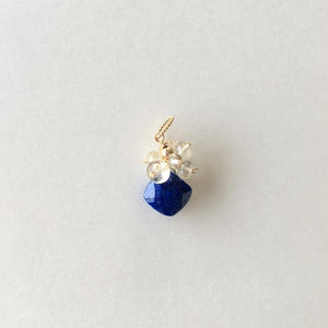 【14kgf】【9月誕生石】pendant charm ラピスラズリとスキャポライト