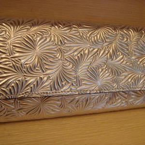 イタリアンレザーギャルソン長財布(ゴールド)
