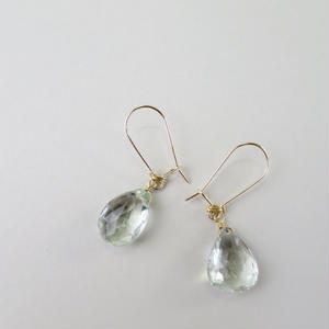 Green Amethyst Kidney Hook Pireced earrings【14kgf】